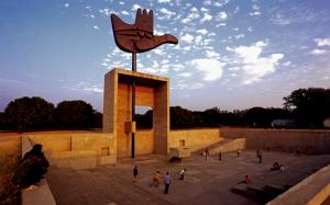 Utopies architecturales  dans Ancien thème (2014-2015) :